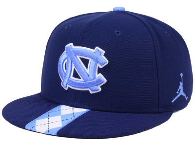 North Carolina Tar Heels Nike NCAA Sideline True Snapback Cap