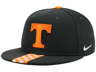 Tennessee Volunteers Nike NCAA Sideline True Snapback Cap