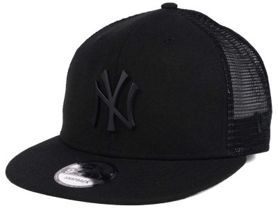New York Yankees New Era MLB Matte Metal Trucker Cap