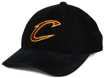 Cleveland Cavaliers Mitchell and Ness NBA Pig Suede Dad Strapback Hat