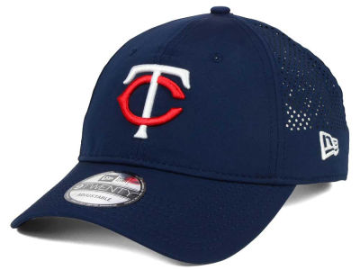 Minnesota Twins New Era MLB Perf Pivot 2 9TWENTY Adjustable Cap