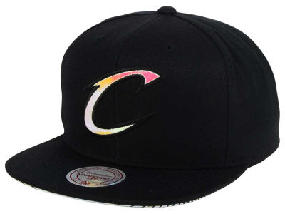 Cleveland Cavaliers Mitchell & Ness NBA Orange Gaze Snapback Cap