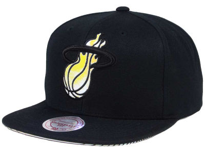 Miami Heat Mitchell & Ness NBA Orange Gaze Snapback Cap