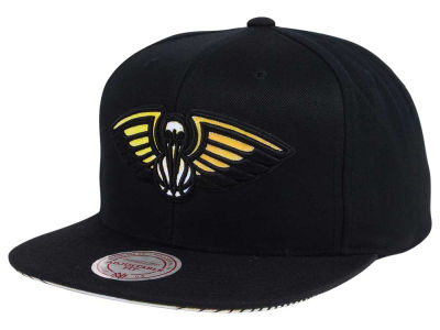 New Orleans Pelicans Mitchell & Ness NBA Orange Gaze Snapback Cap
