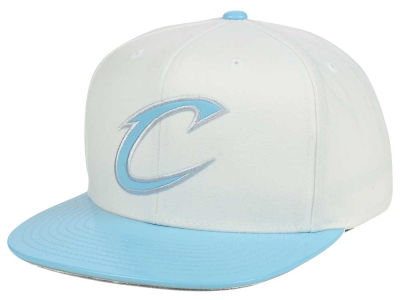 Cleveland Cavaliers Mitchell & Ness NBA Powder Blue 2T Snapback Cap