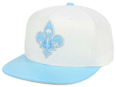 New Orleans Pelicans Mitchell & Ness NBA Powder Blue 2T Snapback Cap