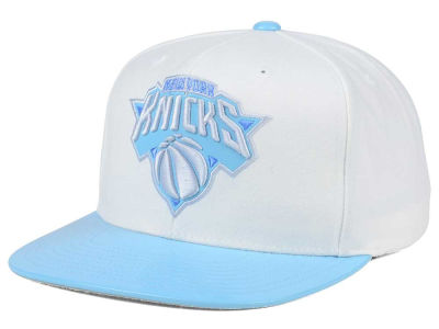 New York Knicks Mitchell & Ness NBA Powder Blue 2T Snapback Cap
