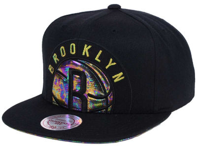 Brooklyn Nets Mitchell & Ness Oil Cropped Snapback Cap