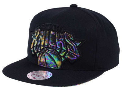 New York Knicks Mitchell & Ness Oil Cropped Snapback Cap
