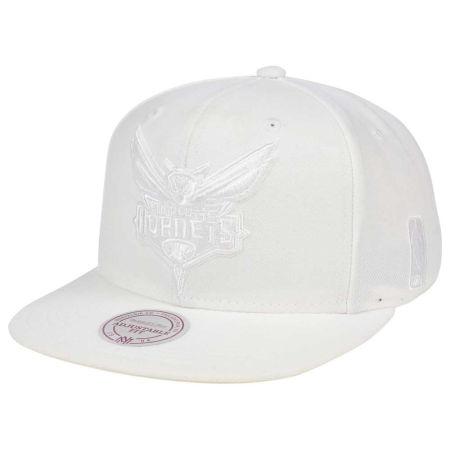 Charlotte Hornets Mitchell & Ness NBA Wow Snapback Cap