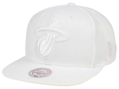 Miami Heat Mitchell & Ness NBA Wow Snapback Cap
