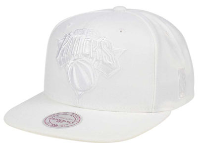 New York Knicks Mitchell & Ness NBA Wow Snapback Cap