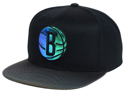 Brooklyn Nets Mitchell and Ness NBA Black Logo Gaze Snapback Cap