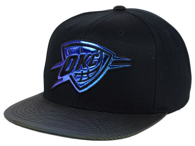 Oklahoma City Thunder Mitchell & Ness NBA Black Logo Gaze Snapback Cap
