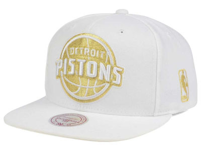 Detroit Pistons Mitchell & Ness NBA White Goldie XL Snapback Cap
