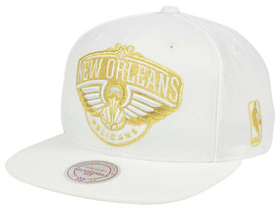 New Orleans Pelicans Mitchell & Ness NBA White Goldie XL Snapback Cap