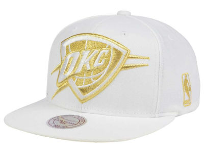 Oklahoma City Thunder Mitchell & Ness NBA White Goldie XL Snapback Cap