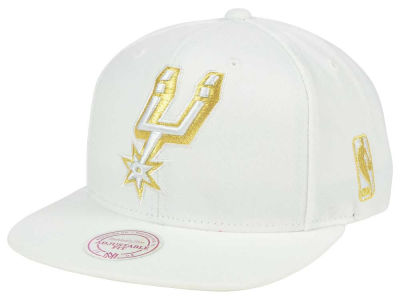 San Antonio Spurs Mitchell & Ness NBA White Goldie XL Snapback Cap