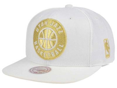 Utah Jazz Mitchell & Ness NBA White Goldie XL Snapback Cap