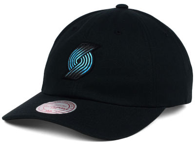 Portland Trail Blazers Mitchell and Ness NBA Gaze Dad Hat