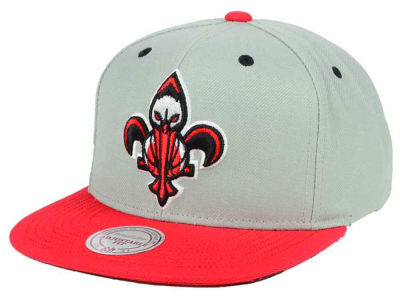 New Orleans Pelicans Mitchell & Ness NBA 2-Tone Velcro Strap Cap