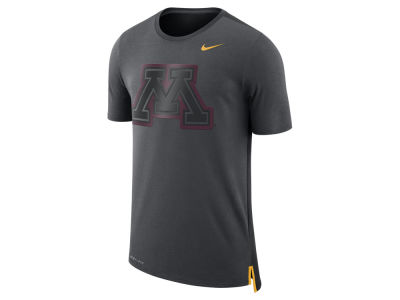 Minnesota Golden Gophers Nike NCAA Men's Meshback Travel T-Shirt