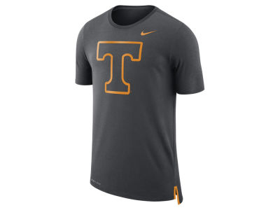 Tennessee Volunteers Nike NCAA Men's Meshback Travel T-Shirt