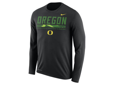 Oregon Ducks Nike NCAA Men's Legend Sideline Long Sleeve T-Shirt