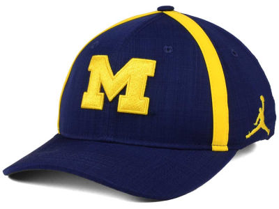 Michigan Wolverines Nike NCAA Youth Aerobill Sideline