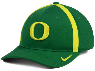 Oregon Ducks Nike NCAA Youth Aerobill Sideline