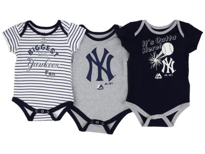 New York Yankees Outerstuff MLB Newborn Homerun 3pc Set