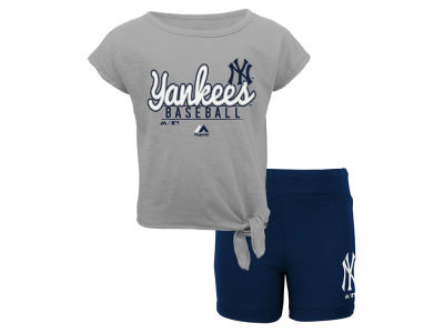 New York Yankees Outerstuff MLB Toddler Girls Tiny Trainer Short Set