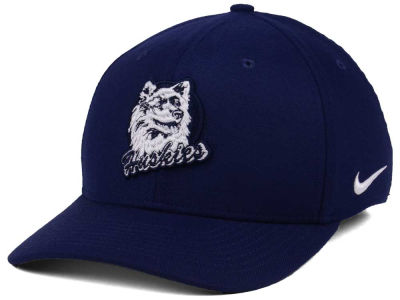 new product c308b 943f9 Connecticut Huskies Nike NCAA Vault Swoosh Flex Cap