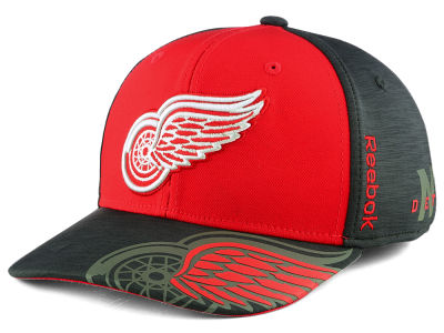 Detroit Red Wings Reebok 2017 NHL Playoff Flex Cap