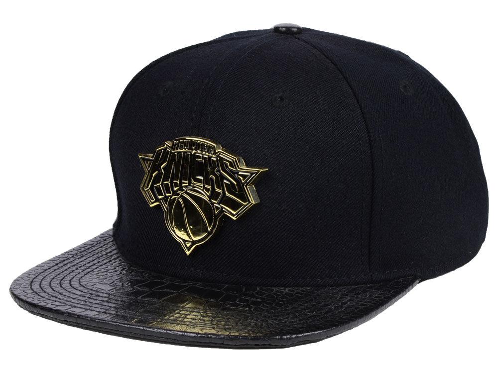 new product 8ad15 40e38 ... sale new york knicks pro standard nba black on gold metal strapback cap  0d47f 16933