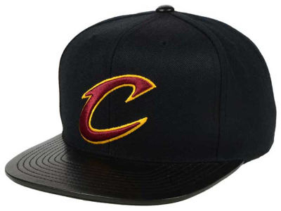 Cleveland Cavaliers Mitchell & Ness NBA Leather Viz Snapback Cap