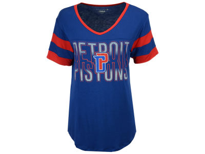 Detroit Pistons 5th & Ocean NBA Women's Hang Time Glitter T-Shirt