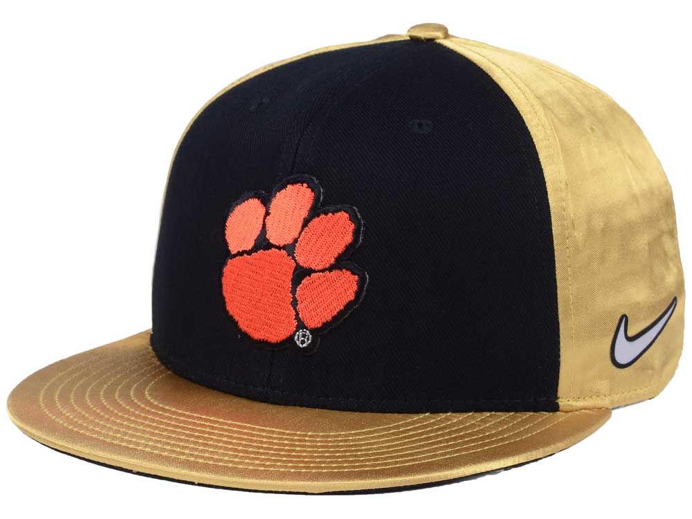 b64573fa26c Clemson Tigers Nike NCAA National Champs Locker Room Player Snapback Cap