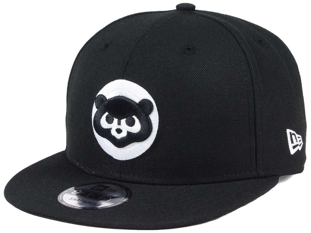 Chicago Cubs New Era MLB Black White 9FIFTY Snapback Cap  2cd6a7bd584
