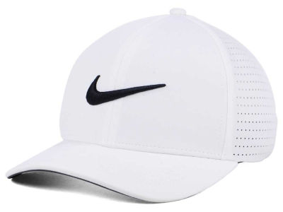 Nike Golf Classic Performance Cap