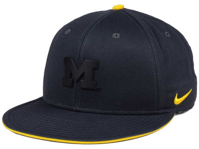 new product 38133 4b63c Michigan Wolverines Nike NCAA Col Energy True Snapback Cap