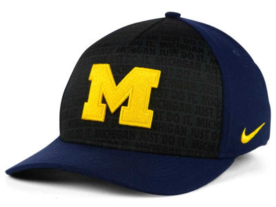 wholesale dealer 1b390 9783d Michigan Wolverines Nike NCAA Just Do It Swooshflex Cap