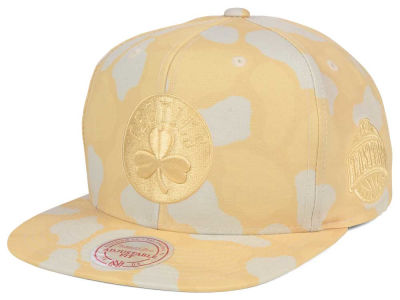 Boston Celtics Mitchell & Ness NBA Pastel Camo Snapback Cap