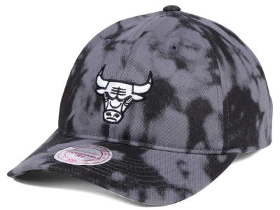 Chicago Bulls Mitchell & Ness NBA Multi Color Acid Wash Dad Hat