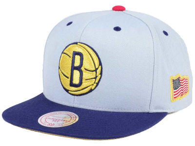 Brooklyn Nets Mitchell & Ness NBA USA 2Tone 2.0 Snapback Cap