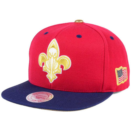 New Orleans Pelicans Mitchell & Ness NBA USA 2Tone 2.0 Snapback Cap