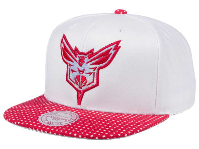 Charlotte Hornets Mitchell & Ness NBA Stars and Wash Snapback Cap