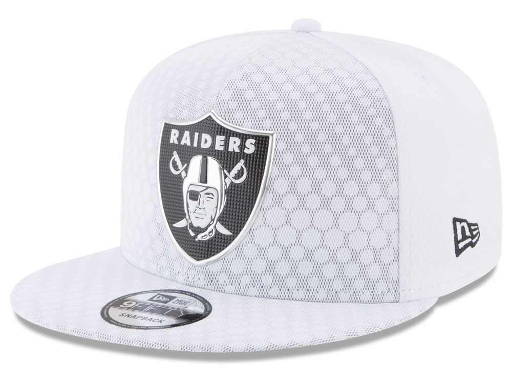 Oakland Raiders New Era 2017 NFL On Field Color Rush 9FIFTY Snapback Cap  35f0bfd8b