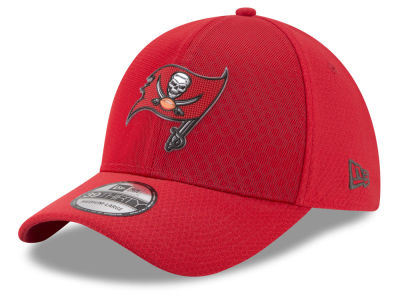 Tampa Bay Buccaneers New Era 2017 NFL On Field Color Rush 39THIRTY Cap