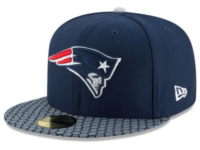 b21f780d624 New England Patriots New Era 2017 Official NFL Sideline 59FIFTY Cap